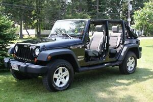 2010 Jeep Wrangler unlimited with only 81,993 km