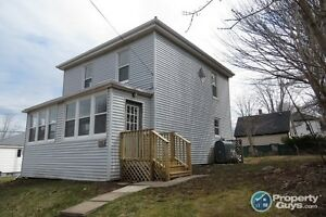 Great Location, Gorgeous home in Milldgeville! Many Upgrades!