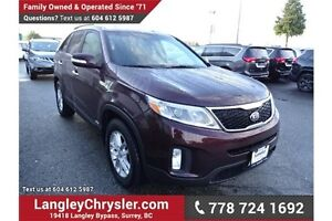 2015 Kia Sorento LX Premium w/Leather Interior & Heated Seats