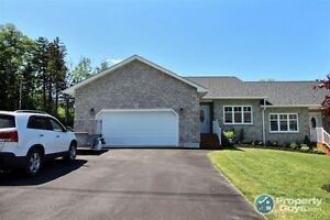 Executive Garden Home, future expansion available, 2 yrs old!