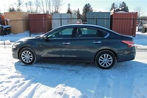 2013 Nissan Altima 2.5 S | ONLY 66K | CERTIFIED + E-Tested Kitchener / Waterloo Kitchener Area image 2