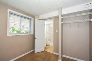 STEPS TO WLU STUDENTS RENTALS ALL INCL, FREE WIFI, A/C Kitchener / Waterloo Kitchener Area image 8