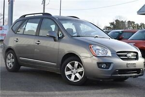 2009 Kia Rondo EX LOW KMS | NO ACCIDENTS | GREAT FAMILY VEHICLE