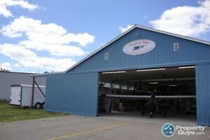 Business for Sale: 40 ft x 82 ft private hangar 100x239 sf lot
