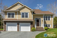 Well Designed & Maintained, Meticulous Home!