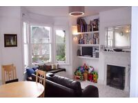TWO DOUBLE BEDROOM FURNISHED FLAT. 5 MINS TO ZONE 2 WILLESDEN GREEN. HUGE LIVING ROOM. CALL TO VIEW!