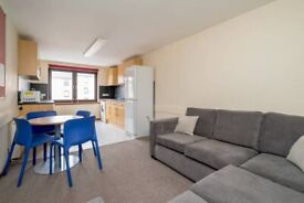 Fantastic, 3-bedroom, HMO property in Fountainbridge with TV & WiFi – with flexible entry