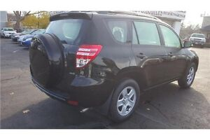 2010 Toyota RAV4 Base 4X4 !!! CLEAN CAR-PROOF ACCIDENT FREE !!!! Kitchener / Waterloo Kitchener Area image 5