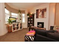 Turnpike Lane, N8 0AG-Wonderful 2 Bed First Floor Flat-Great Value for Money!!