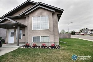 Great value in this Sask side 1024 sq ft bi-level.