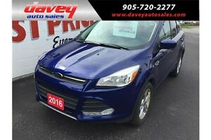 2016 Ford Escape SE BACKUP CAMERA, SUNROOF, DUAL CLIMATE