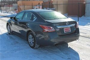 2013 Nissan Altima 2.5 S | ONLY 66K | CERTIFIED + E-Tested Kitchener / Waterloo Kitchener Area image 3