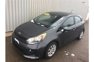 2016 Kia Rio EX LOADED EX HATCHBACK EDITION WITH LOW KMs + FA...