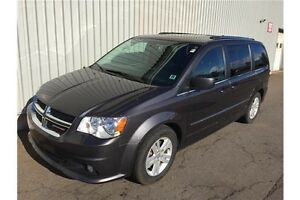 2015 Dodge Grand Caravan Crew EXCELLENT PASSENGER VAN WITH LO...
