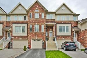 Beautiful Townhouse, Located In The Heart Of Innisfil