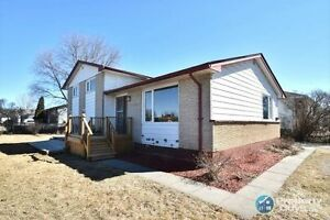 Large Northwood Updated Home (Realtors Welcome)