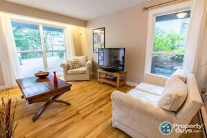 Centrally Located Condo on Shore Dr, Bedford