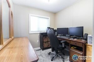 3 Bed/2 Bath fully renovated home for sale Yellowknife Northwest Territories image 10