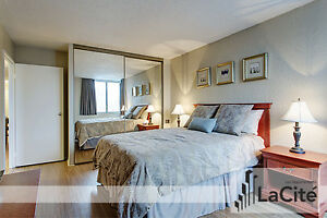 Beautifully Furnished 2 Bedroom Suite in Luxury Apartment