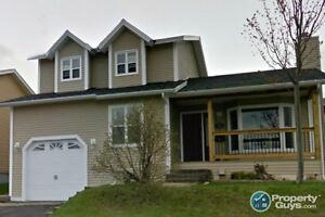 Move in ready 3 bed/2.5 bath on quiet street