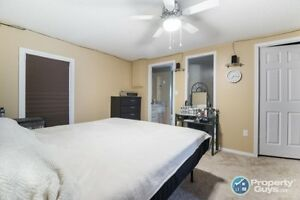 3 Bed/2 Bath fully renovated home for sale Yellowknife Northwest Territories image 9