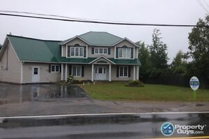 Beautiful 3 bed/4 bath home located in Gambo