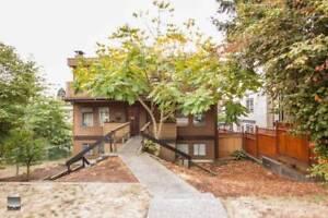 $2500(ORCA_REF#323E)***Family Friendly 3 Bedroom Half Duplex