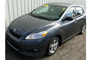 2012 Toyota Matrix Base BASE EDITION FUEL SIPPING HATCHBACK!...