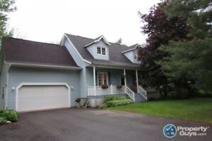 Lovely 4 bed/3.5 bath cape cod home