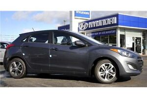 2017 Hyundai Elantra GT SE // SAVE $$$$$ Kitchener / Waterloo Kitchener Area image 2