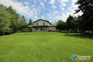 Afton: Many upgrades, over 2400 sf, 5 bed/2.5 bath