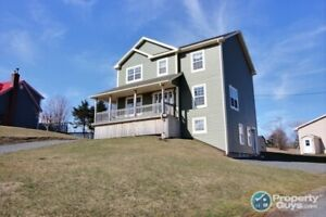Antigonish: 5 bed/3.5 bath income home only 5 mins from St FX
