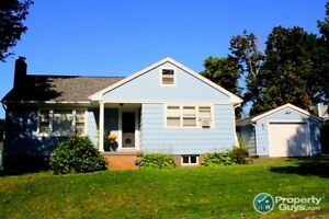 On Quiet Street, Updated 3 bed, fenced yard, pool!