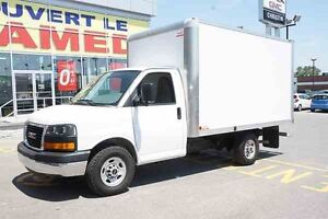 2015 GMC SAVANA CUTAWAY CUBE 12'' ROUE SIMPLE RAMPE