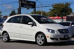 2011 Mercedes-Benz B-Class B200 ONLY 89K! **BLUETOOTH** PANOR...