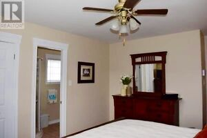 Short term rental - Beautiful 4 bedroom house - Fully Furnished