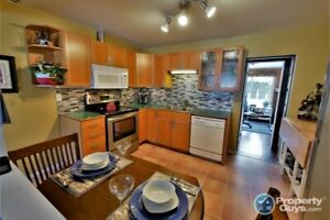 Cozy 3bed, 1bath, home in desirable South Castlegar! 198802