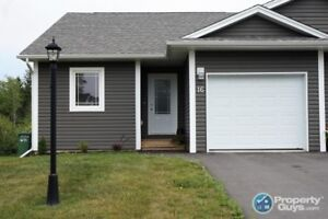 Beautiful garden home almost 2400sf, 4 bdrm/3 bath