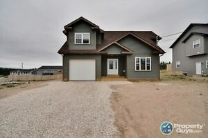 New build with modern finishes. Desirable area in Deer Lake
