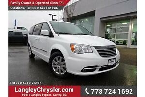 2015 Chrysler Town & Country Touring LOCALLY DRIVEN & ACCIDEN...
