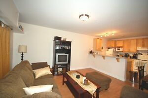 Great 1&2 Bedroom at the Acadia Suites & Lofts! Available Sept 1