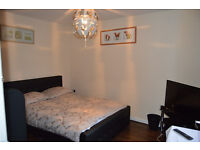 Oldbury, large double, 395pm double 350, all bills and wifi