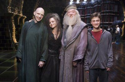 NEW 6 X 4 PHOTOGRAPH BEHIND THE SCENES HARRY POTTER 5