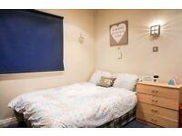 POPLAR, E14, MODERN 1 BEDROOM FLAT WITH BALCONY