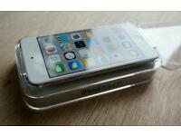 *FREE DELIVERY*BRAND NEW* APPLE iPod touch - 16 GB, 6th Generation, White & Silver