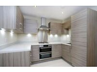 **1 WEEK FREE RENT**AN IMMACULATE TWO DOUBLE BEDROOM APARTMENT TWO BATHROOMS-EASY ACCESS TO HEATHROW