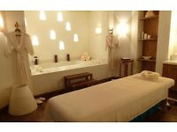New relaxing Thai Masseuse In Notting Hill Gate station