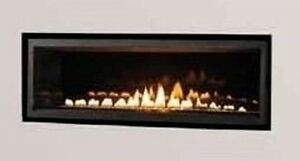 WIDE CONTEMPORARY LINEAR BURNER DIRECT VENT GAS FIREPLACE