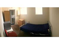 1 bedroom in Western Lodge Sedgeborough Road, Whalley Range, Manchester, M16