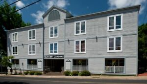 Quaker Landing - Best Downtown Dartmouth Rates!